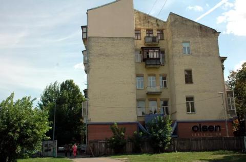 courtyard Velyka Zhytomyrska 34