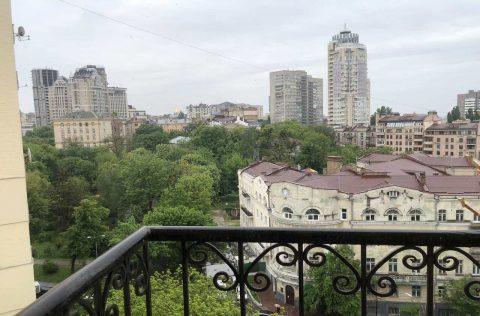 the view (2) olesya honchara