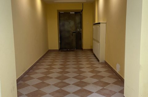 entrance2