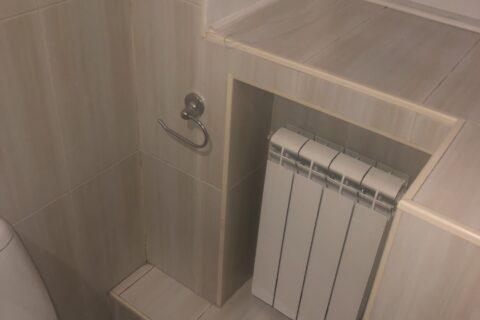 old bathroom pyrohova 2