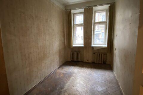 old bedroom on franko 9