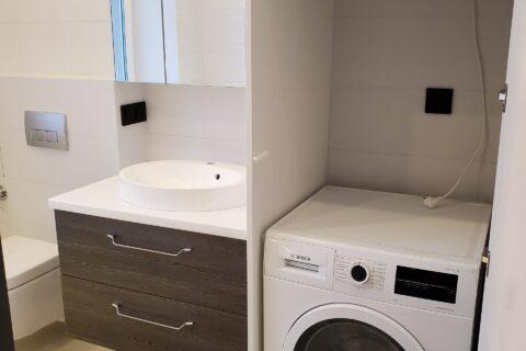 sink and washing machine
